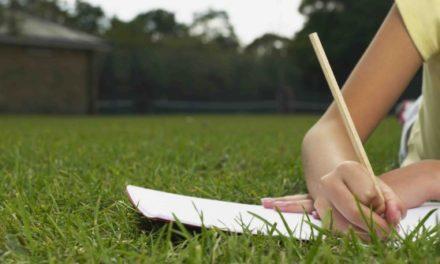 In vacanza fare i compiti e studiare è più semplice con i prodotti di Orso Azzurro Store