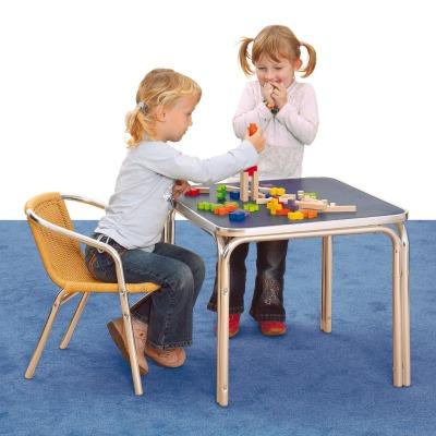 costruzioni-di-legno-erzi-per-bambini-dai-18-mesi