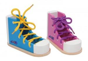 scarpe da allacciare