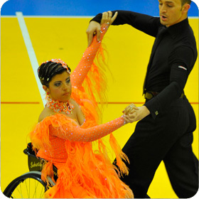 Susy Spugnoli e Davide Mureddu danza in carrozzina